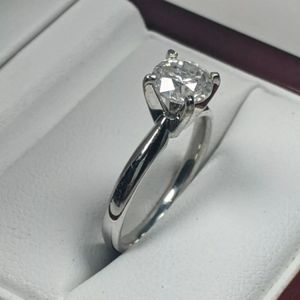 Natural Diamond Solitaire engagement ring